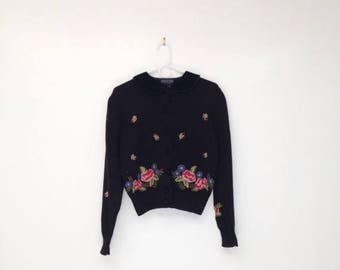 SALE Vintage 1980s Hand Embroidered Wool and Acrylic Cropped Cardigan with Black Velvet Peter Pan Collar
