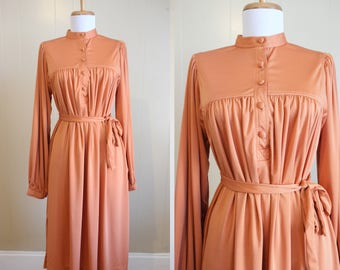 Vintage Dress 1970s Secretary Pale Orange Rust Belted Nylon Knit Medium