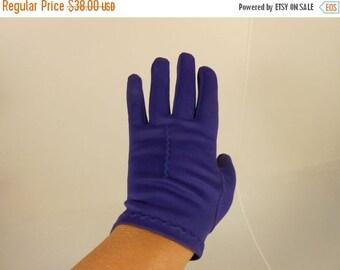 Anniversary Sale 35% Off A Kiss on the Hand - Vintage 1950s Royal Purple Plum Nylon Short Wrist Gloves - 6.5/7