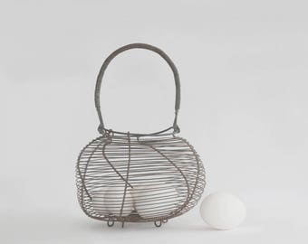 Wire egg basket, French farmhouse basket, Kitchen wall decor, Round metal basket.