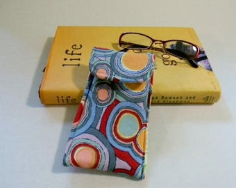 Multi Color Circle Print Glasses Case