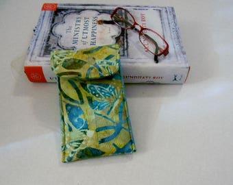 Turquoise Butterflies Batik Glasses Case