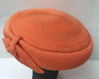 Straw Coral 1960s Carson Pirie Scott Hat Topper Vintage Millinery