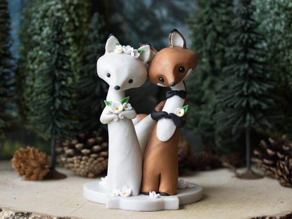 Fox Wedding - Red Fox and Arctic Fox Wedding Cake Topper by Bonjour Poupette