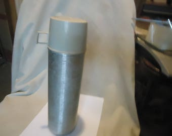 Vintage Aluminium Ribbed King Seeley Thermos Model 2484 Made in USA, collectable