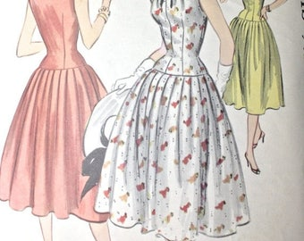 SALE 1950s Bombshell Dress . Vintage 50s Fitted Drop Waist Full Skirt Dress . McCalls Pattern 3189 . Bust 32 Size Extra Small