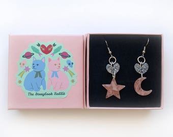 Hook Dangles - Hearts, Moons and Stars Peach