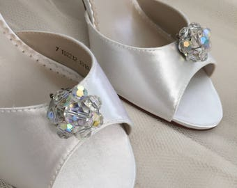 Wedding Shoes  Clips - Vintage Wedding Shoes - Bridal Shoe Clips - Wedding Shoes - Wedding Heels - Shoe Clips - Crystal Wedding Shoe Clips