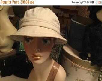 25% Off Sale Vintage rain & shine water repellent bucket khaki hat NWT