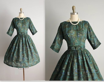 50's Day Dress // Vintage 1960's Green Abstract Print Full Pleated Garden Party Dress S