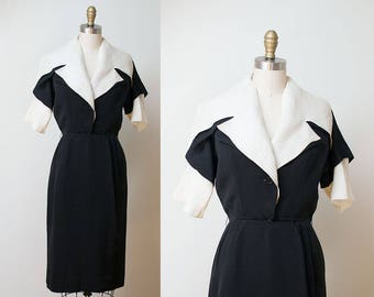 1950s Christian Dior Dress / 50s New Look Portrair Collar Dress