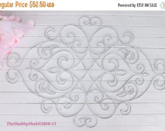 ON SALE White Shabby Chic Metal Wall Decor/ Fleur De Lis  / Wrought Iron Wall decor / Shabby Chic Decor
