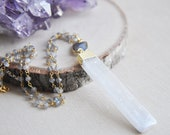 Selenite Necklace, Selenite Blade, Labradorite Necklace, Labradorite Jewelry, Selenite Jewelry, Natural Stone, Stone Jewelry, Boho Chic