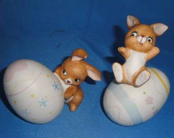 Easter Bunnies - Pair