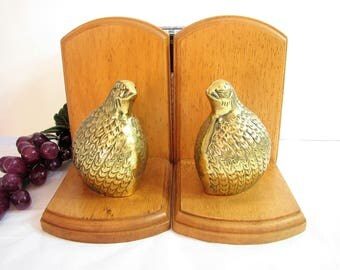 Vintage Brass Quail and Maple Wood Bookends, Mid-Century, Brass Bird Bookends, Retro Brass Bird and Wood Bookends, Decor 1960s