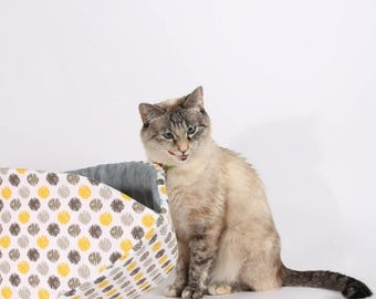 Summer Sale Jumbo cat bed made for large cats in white, grey and yellow Ikat polka dots