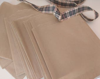 200 Small Kraft Paper Treat / Favor Bags - Square - Food crafting - Food Safe - - Cookies - Candy - Small Merchandise