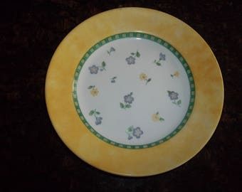 "4 Corelle Classical Garden Salad/Luncheon plates 8 1/2"" Plates, Made in the USA"