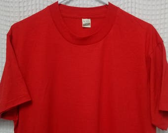 vintage 80s Screen Stars T Shirt 50/50 paper thin Red blank tee NOS new condition Large single stitched USA 1980s eighties Screen Stars HTF