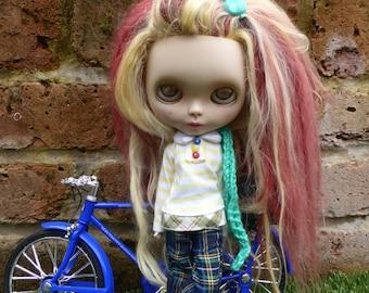 Blythe Autumn Uni Outfit (BD13917)