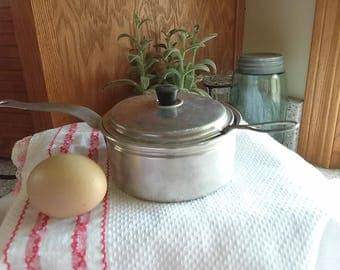 Vintage Egg Poacher Pan, Vintage Single Egg Poacher, Vintage Kitchen Ware, Poached Egg for One,