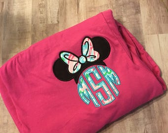 Lilly Pulitzer Mouse ears Disney womens Minnie monogrammed appliqued mouse ears shirt