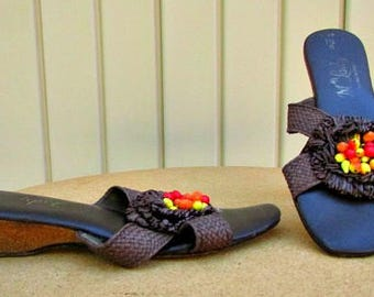 vintage 60s brown woven straw cork wedge sandals with raffia flower and fruit  size 7  vegan