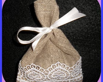 Linen, Lace & Lavender Sachet White Hearts French Organic Lavender White Bow