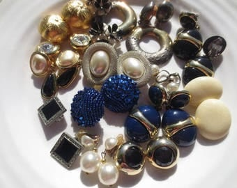 Vintage Jewelry Earrings Clip On Crafting Lot (14)