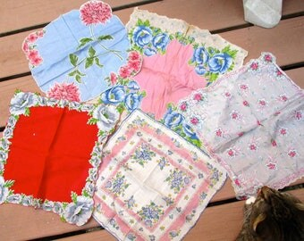 Vintage hankies handkerchiefs 5 floral fabric cloth flowers feminine ladies accessories cottage decor gift craft repurpose bridal wedding