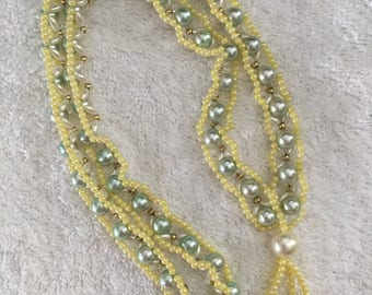 FABulous 1960's/70's beaded necklace