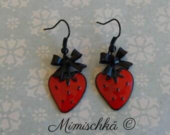 little earrings strawberry