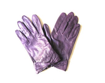 Gloves Purple Leather Bow Short Wrist Length Size Medium