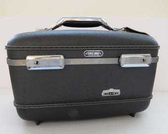 Vintage Dark Gray Train Case by American Tourister with Tray and Pouch, Artist Cosmetics Makeup Travel Case, Carry On Luggage, Storage