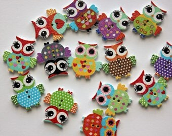 Dotted Owl Buttons - Wood - 10 Count
