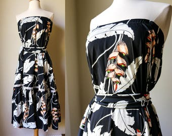 1970s Vintage Floral Abstract Polyester Tropical Belted Floral Disco Strapless Dress or Skirt