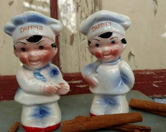 Vintage Tappan Salt + Pepper Shakers Set - Made in Japan, Cute Chef Shakers, Collectible Shakers, Retro Housewarming Gift, Spice Holders