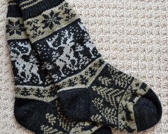 Wool Socks, Norwegian Scandinavian folk art  Hand Crafted 100% wool, size Medium  Large, Reindeer Fair Isle