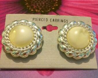 Vintage Silver Tone Genuine Lucite Stud Earrings
