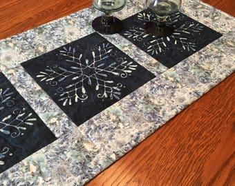 Table Runner, Quilted Table Runner, Snowflake Table Runner