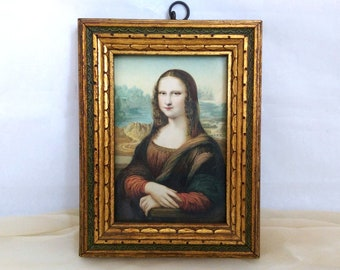 Mona Lisa miniature lithograph in gold frame, antique copy of DaVinci's most famous portrait, with hanger