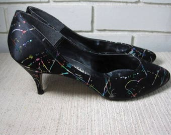 80's black satin with shiny paint splatters shoes size 8 1/2 M