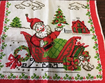 "Vintage 50's ""CHRISTMAS WALL LiNEN TOWEL""  Bright & Cheery Santa Claus Design"