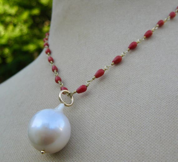 LAYLA    Coral Wirewrap Teardrops,Baroque Pearl Pendant Necklace
