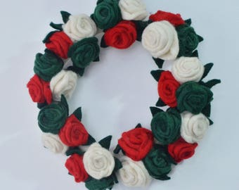 Felt Red white flower wreath, Felt rosette wreath, wreath for Christmas, holiday wreath, handmade felt wreath, free delivery