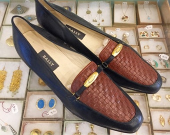 Vintage 80s woven leather Loafers Size 10 (may also fit size 9 1/2) by BALLY  Made in Italy