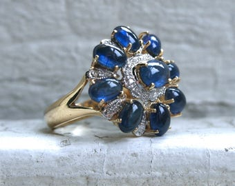 Beautiful Vintage 14K Yellow Gold Diamond and Sapphire Cabochon Ring - 7.77ct.