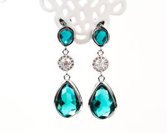 656 Emerald crystal earrings, Silver teardrop earrings, Bridal crystal earrings, Green bridal earrings, Cubic zirconia earrings, CZ earrings