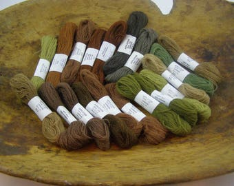 19 Skeins of 100% Wool Appleton Bros. Ltd. London Crewel, Embroidery thread. Ideal for Needlepoint.