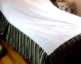 "Bed skirt ... / Dust Ruffle King sz Black Brown Striped  Silk like Cotton Westpoint Stevens NOS Never Used 60""x80"" Platform 15"" Drop"